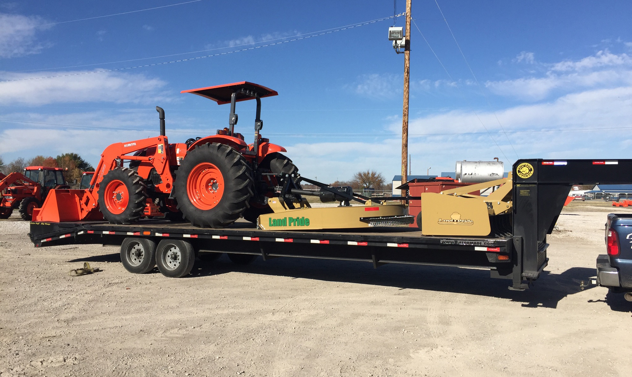 Transporting Kubota L3000DT Loader with Land Pride Attachments